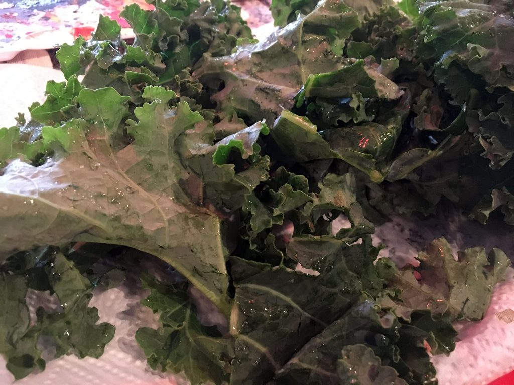 Roughly chopped kale